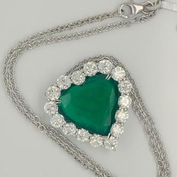 6108   -  Ladies diamond and Green Emerald Pendant 18KW